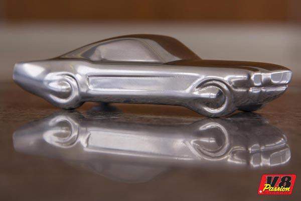 Mustang_Sculpture_Front-600